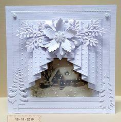 Xmas Cards Handmade, Personalised Christmas Cards, Christmas Card Crafts, Homemade Christmas Cards, Christmas Scrapbook, Christmas Cards To Make, Homemade Cards, Beautiful Christmas Cards, Fancy Fold Cards