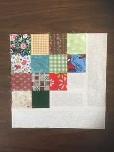 """Turning 2.5"""" Scraps into a Log Cabin Block"""