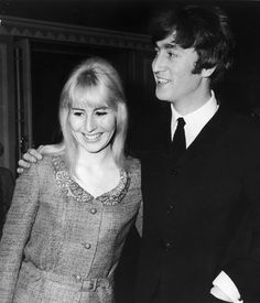 Cynthia Lennon, the First Beatles Wife, Dies at 75 - NYTimes.com
