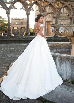 Nesta Monica Loretti trouwjurk