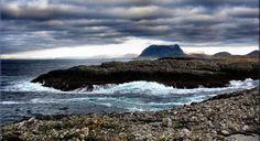 Bulandsferie - Overnatting i Rorbu- og Sjøhus leiligheter - Bulandet, lengst vest i Norge. The Golden Compass, Lofoten, Vide, Norway, Empty, Colorado, Mountains, Water, Places