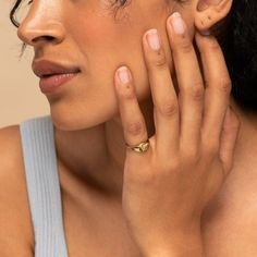 10 Gorgeous Rings You'll Want To Be Wearing This Fall These gorgeous rings will a simple statement. Step aside necklaces and bracelets, it's time for rings to have the spotlight. Small Rings, Rings Cool, Unique Rings, Nautical Jewelry, Twist Ring, Jewelry Branding, Jewelry Logo, Jewellery, Jewelry Rings