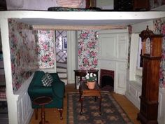 Franklin Mint Rose Cottage Limited Edition Doll House   Living Room