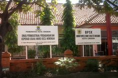 Kantor Disperindagkop UMKM Kota Cirebon Jalan dr Cipto Mangunkusumo no 20, Kecamatan Kesambi, Kota Cirebon, Jawa Barat, Indonesia. photo cp 19 Juli 2014