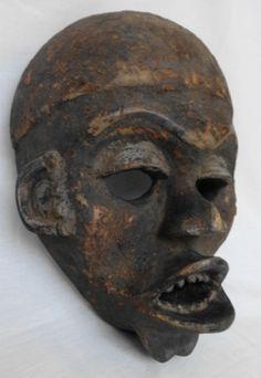 Antiga Mascara africana em madeira (Dogon de Mali - Utilidade afastar mal espirito), tamanho: 28 cm