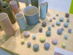 Jolis boutons de porte en céramique mate par Anne Black salon Maison&Objet 09/2013