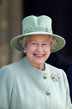 A Smiling Portrait Of Queen Elizabeth II Continuing Her Tour Of The Uk In Celebration Of Her Golden Jubilee.