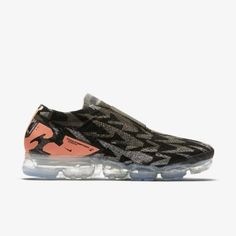 AQ0996-102 ACRONYM x Nike Air Vapormax Flyknit Moc 2.0 Khaki #nike #nikeair #vapormax #nikevapormax #follow4follow #TagsForLikes #photooftheday #fashion #style #stylish #ootd #outfitoftheday #lookoftheday #fashiongram #shoes #kicks #sneakerheads #solecollector #soleonfire #nicekicks Nike Air Vapormax, Nike Air Force, Sneaker Release, Hush Puppies, Sneakers Fashion, Nike Shoes