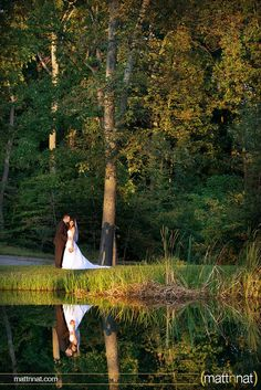 bride & groom, fall wedding, lake