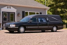 1999 Cadillac DeVille Ultimate Funeral Coach by Eagle