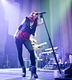 Garbage live at Troxy, London, 9/5/2012. Shirley Manson Kill me slowly...