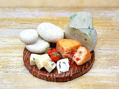 Fake cheeses dollhouse, miniature 1:12 scale rustic cutting board, typical food in polymer clay, realistic dolls rustic decor cousine, ooak