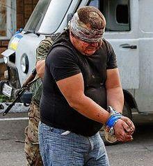 Via Laurent Brayard  répressions en #Ukraine brune, arrestations arbitraire et exécutions sommaires #Donbass