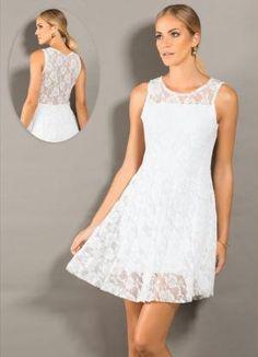 Espaço Maheyell: #Vestido renda Vestido renda branco Quintess, confeccionado em renda com forro. Modelo sem mangas. Cor: Branco. Comprimento: Básico. Tamanhos: P, M, G, GG e XXG.