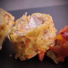 """750g vous propose la recette """"Rösti roulé de pommes de terre au Boursin"""" accompagnée de sa version vidéo pour cuisiner en compagnie de Chef Damien et Chef Christophe."""