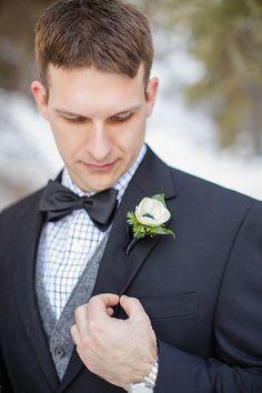 Anemone boutonnière | Wedding & Party Ideas | 100 Layer Cake