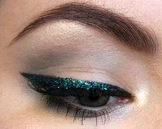 Glitter cat eye