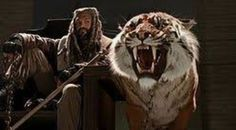 The Walking dead.. EZEKIEL💟❤💟❤ King Ezekiel, The Walking Dead, Lion Sculpture, Zombies, Animals, Backgrounds, Characters, Google Search, Tv