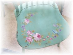 I can never resist a bluebird! This cottage chair is painted by Kimberly Ryan (UK).