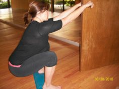 You (Still) Don't Know Squat – Nutritious Movement -- Pregnancy and Labor Health, Hip, Knee, and Foot Health