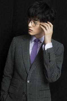 My Amazing Boyfriend's Kim Tae Hwan is a dashing flower boy in 9 new photos