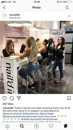 Our nail bar is most likely to look like this. Nail Salon Design, Nail Salon Decor, Beauty Salon Decor, Beauty Salon Interior, Beauty Salon Design, Salon Interior Design, Nails Bar, Kids Salon, Home Hair Salons