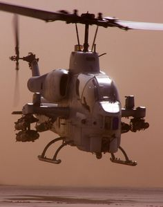 supersonic-youth: AH-1W Super Cobra