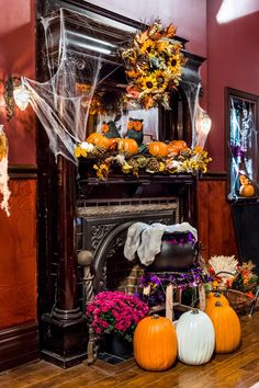 Fireplace on goodwitch Hallmark Good Witch, The Good Witch Series, Halloween 5, Halloween Decorations, Table Decorations, Witch Decor, Grey Houses, Mabon, Samhain
