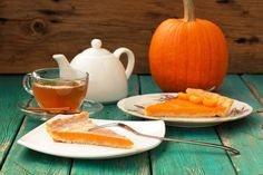 Cake with pumpkin filling.