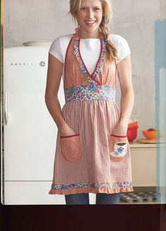 Vintage apron goodness: love the full length of it, maybe add ruffles?
