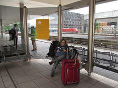 Viajar de trem pela Alemanha - Estação de Hannover - Alemanha