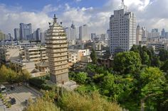 As one of the 24 historic and cultural city of China first promulgated in 1982, Kunming has a series of pagodas some of which visitors might not know in the city. http://www.chinakunming.travel/html/150828/554.html