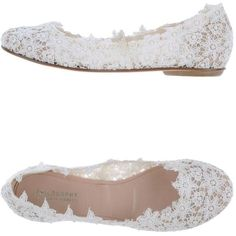 Lace ballet flats. Love these. Wedding shoes because heels are out of the picture. #Wedding #Accessories