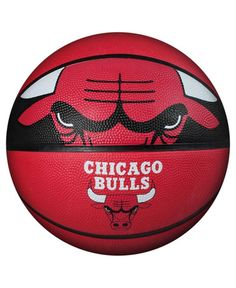 Spalding NBA Courtside Team Outdoor Rubber Basketball Chicago Bulls Official NEW Chino Hills Basketball, Basketball Court Size, Basketball Games For Kids, Basketball Equipment, Logo Basketball, Basketball Tricks, Basketball Shoes, Curry Basketball, Louisville Basketball