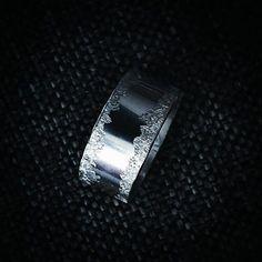FLINGA ❄  Made of sterling silver. Design och arbete av Anneli Lindström, Alv design. www.alvdesign.se