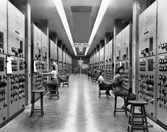 Ruins of the Manhattan project: Haunting images show the remnants of mission to build first atomic bomb during World War II First Atomic Bomb, Photo Ed, Rare Historical Photos, Manhattan Project, Secret Location, Army Corps Of Engineers, Oak Ridge, Atomic Age, War Machine