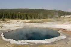 Crested Pool, Upper Geyser Basin, Yellowstone National Park, Wyoming, USA