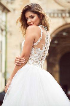Die Pronovias-Braut #PronoviasItBride 2017  PRONOVIAS http://www.hochzeitswahn.de/gesponsert/die-pronovias-braut-pronoviasitbride-2017/ #bride #wedding #dress