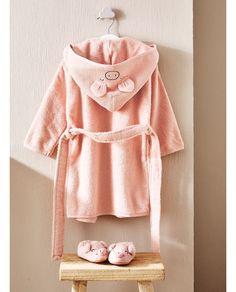 ZARA HOME Bathroom Kids, Kids Bath, Zara Home Kids, Baby Towel, Kids Fashion, Fashion Design, Baby Wearing, Hoods, Camila
