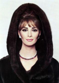 Wilhelmina Cooper, 1964.