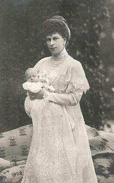 princess mary with prince john 1905