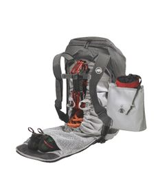 Mammut's Neon Gear. Now, that's what I call a backpack with brains! Let's you access your stuff both like a sportsbag and a toploader. And keeps everyting in its place - from climbing gear to running shoes, notebook, cam, etc. Well done!