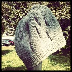 Ravelry: Scurlera pattern by Alice Twain- dropped stitches always feel cool & dangerous