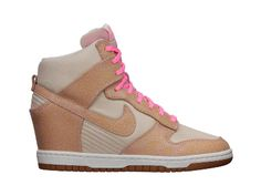 Nike dunk sky high vintage $130