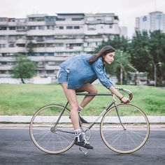 girlsbike — fixed247:   Cute MASI girl