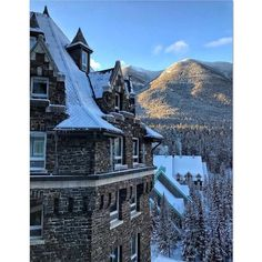 Castle in the Rockies. Fairmont Banff, Canadian Rockies, Rocky Mountains, Mount Everest, Castle, Louvre, Mansions, House Styles, Building