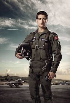 Photographer EMRE GOLOGLU  Fighter Jet Pilot  ONE EYELAND