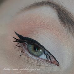 coral and white makeup