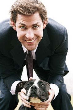 24 reasons to be thankful for John Krasinski #15: He loves dogs. And Im sure dogs love him too.