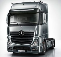 Mercedes Benz Actros With the cool looks of a touring car